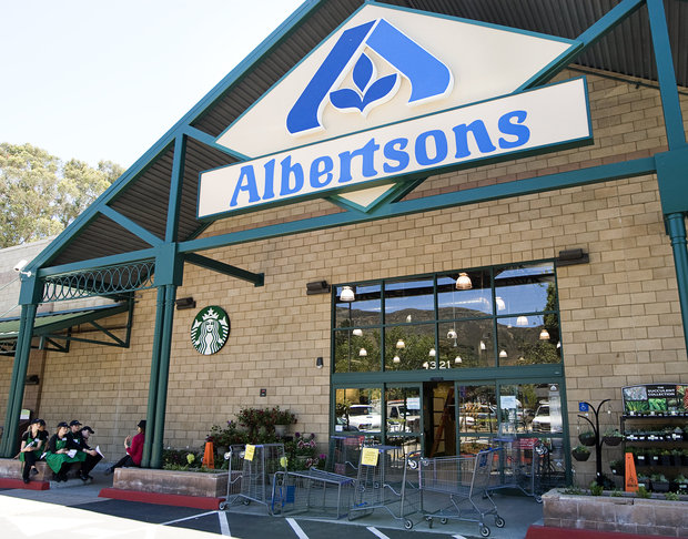 Albertsons storefront with starbucks coffee